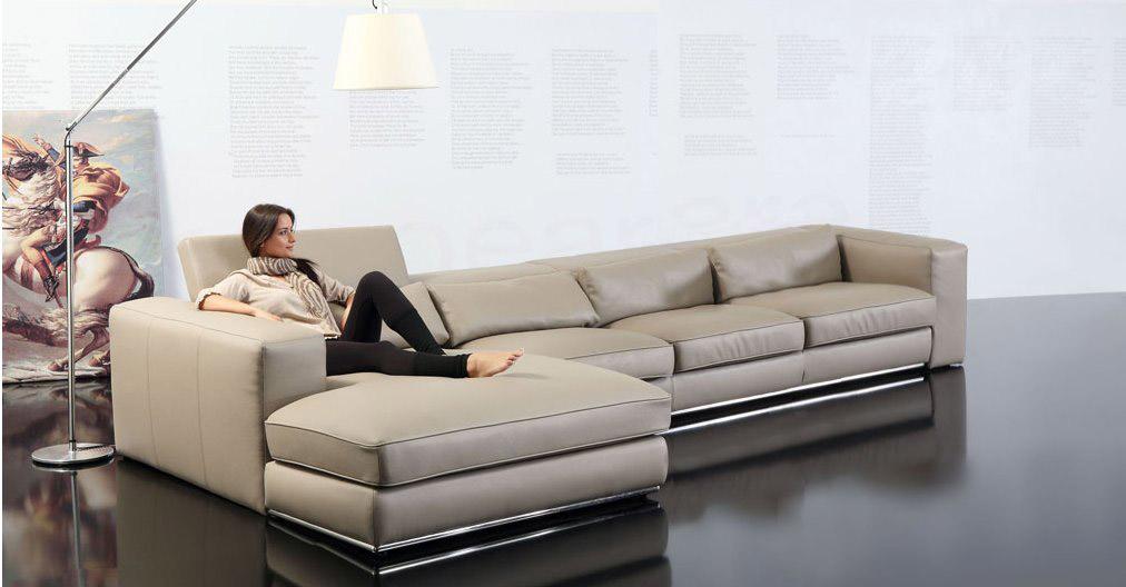 Divani moderni forma for Divani larghezza 150 cm